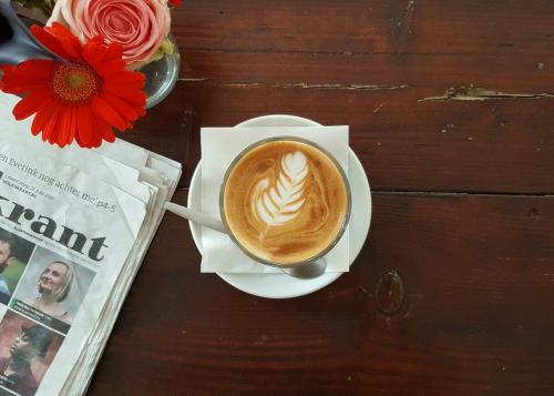 il momento coffee white cups