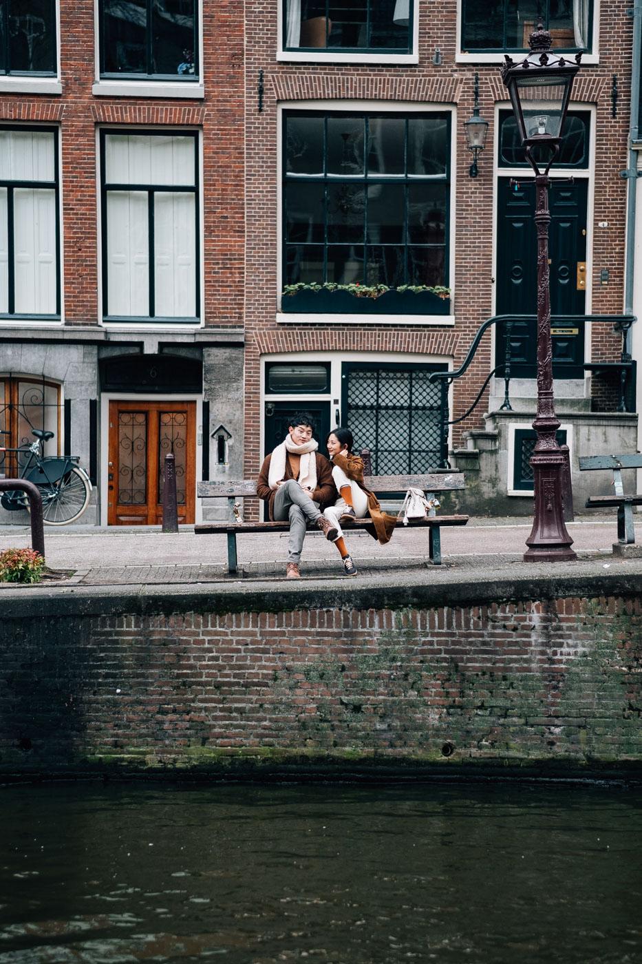 couple photowalk experience amsterdam