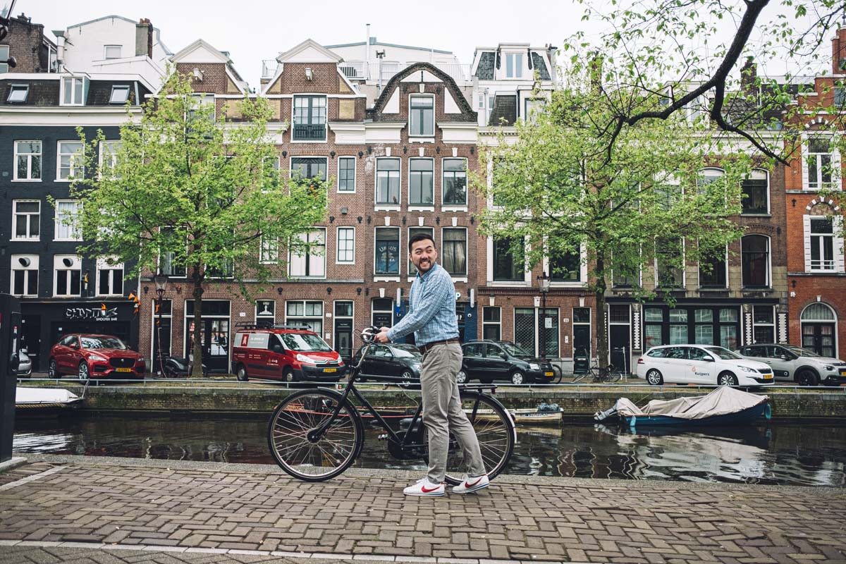 airbnb photo walk experience amsterdam