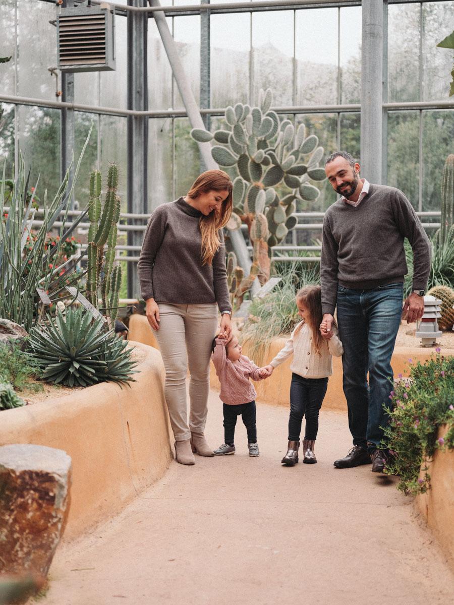 botanical garden amsterdam family portraits