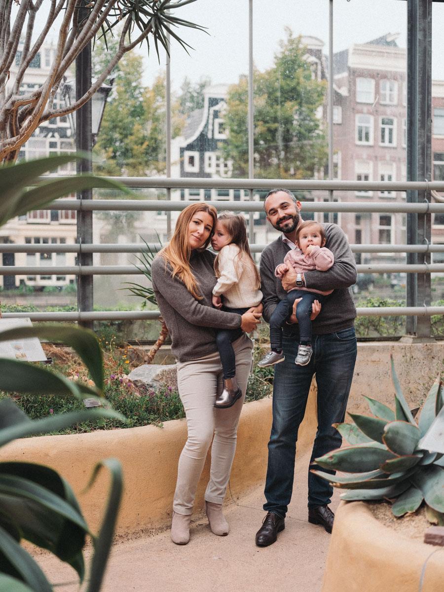 hortus botanicus - family photoshoot amsterdam