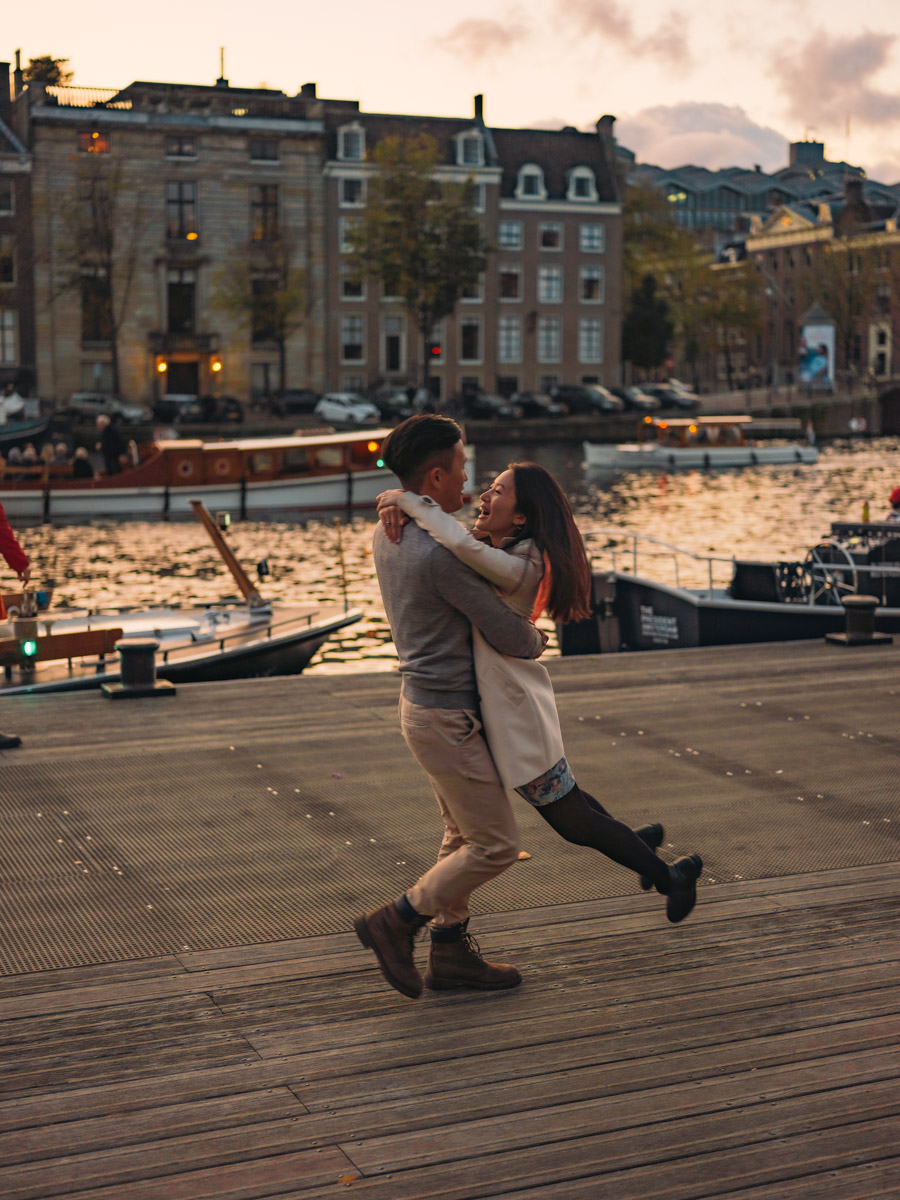 couple evening photography amsterdam
