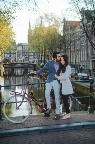 couple amsterdam photoshoot