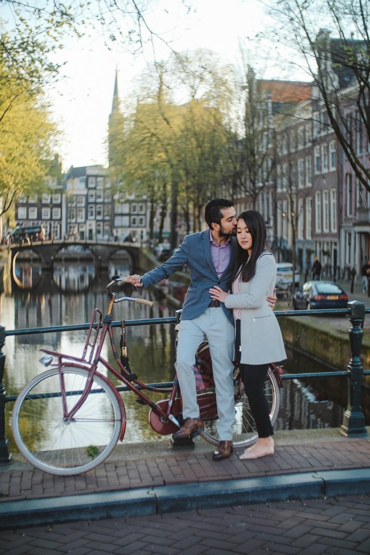 couple amsterdam photoshoot