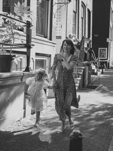 mother daughter photowalk amsterdam