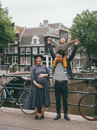 family lifestyle photoshoot amsterdam