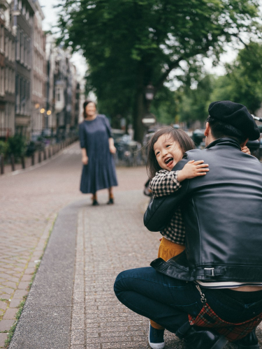candid family photographer amsterdam
