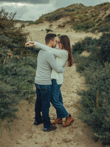 dutch dunes couple photography