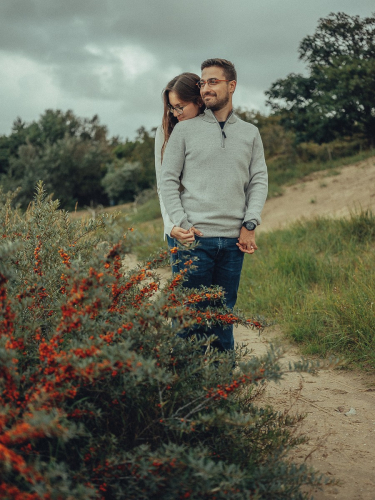 dutch dunes couple photoshoot