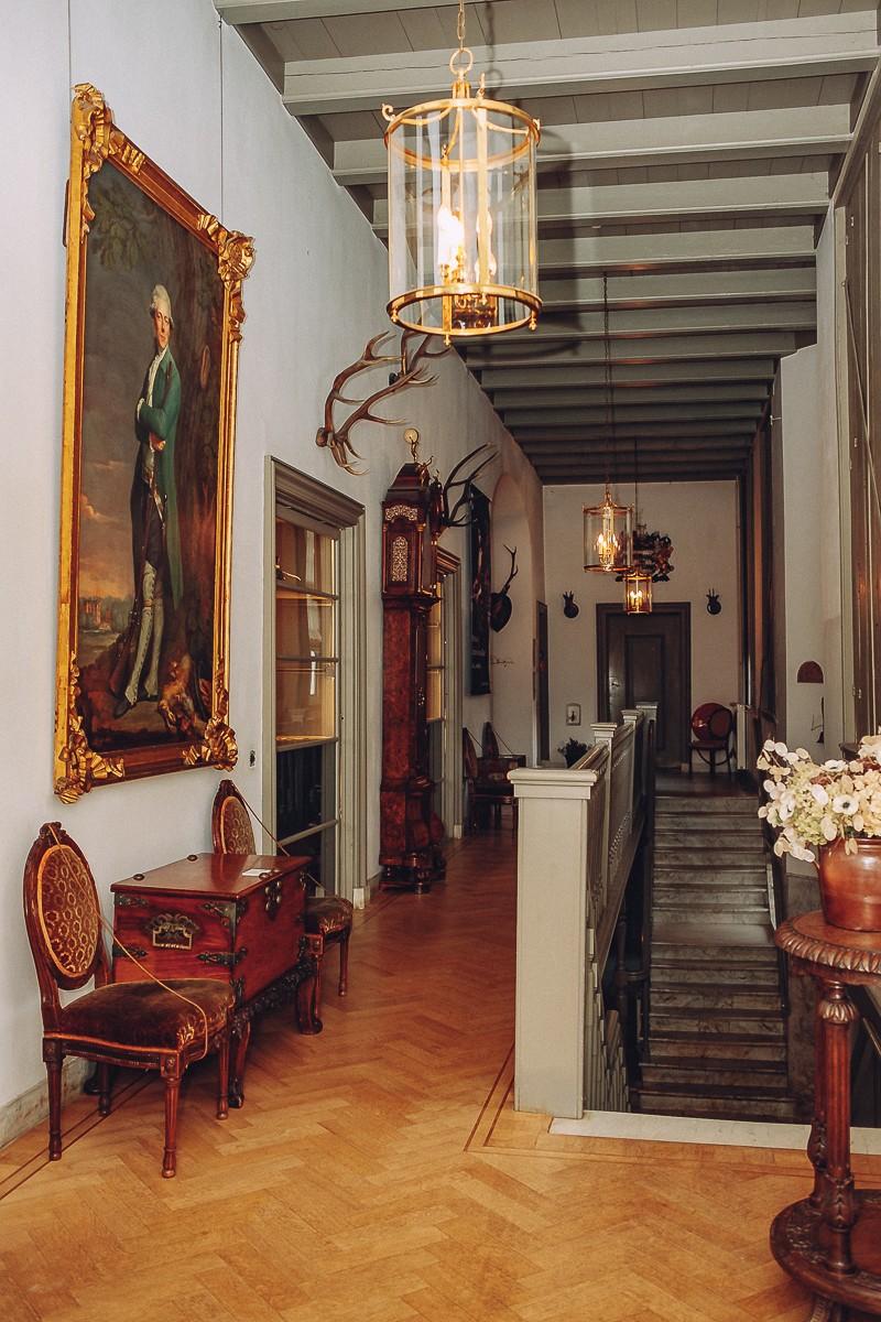 zuylen castle photos indoor