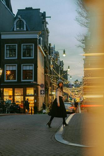 evening amsterdam photoshoot